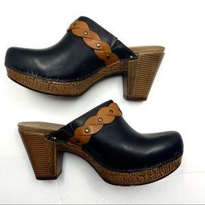 Dansko Rach Mule clog. Black w/braided strap.